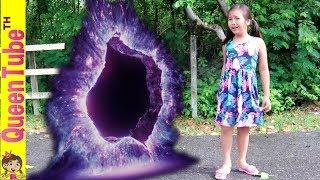 ช่วยด้วย!! น้องควีนหลงทาง ผจญภัย อุโมงค์พิศวง ละครสั้น | Adventure The Mystery Portal SKIT