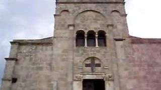Santa Giusta. Esterno basilica romanica del 1135