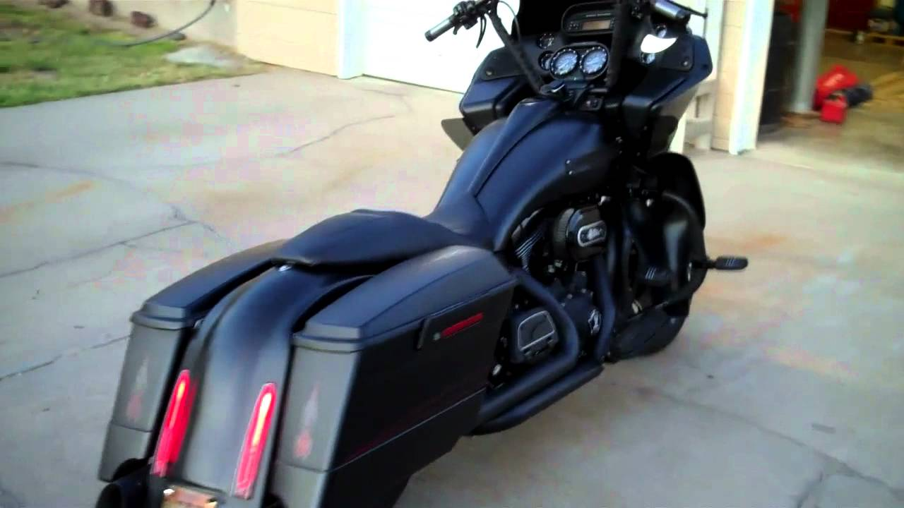 Walkaround For Exhaust Vance And Hines Dresser Duals With Klockwerks Lers You