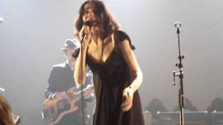 PJ HARVEY - The Chair (live @ AB, Brussels 2009)