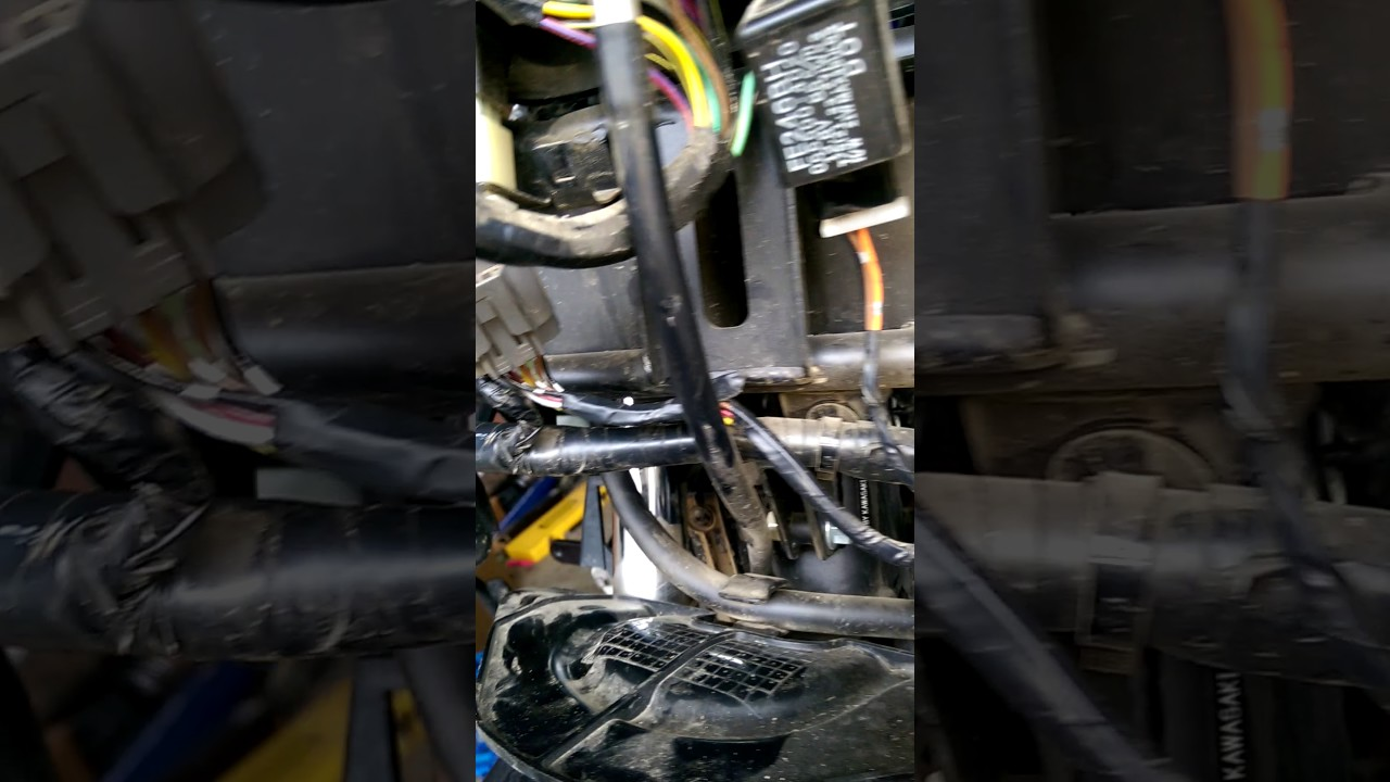 klr 650 electric short blowing 20a fuse [ 1280 x 720 Pixel ]