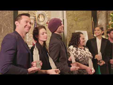 Highlights & behind-the-scenes footage with the cast of The Greatest Showman at ESB