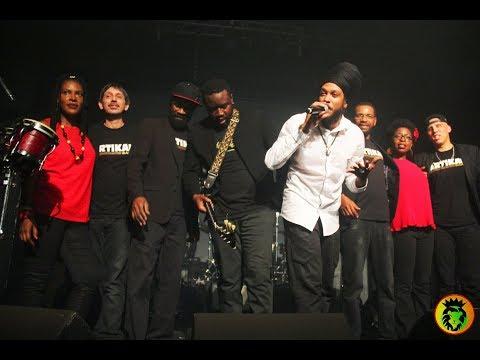 2017-12-08 Yaniss Odua : rouge jaune vert ,Cabaret Aleatoire, Marseille