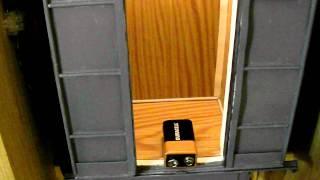 Проверка реверса в кабине лифта.(Проверка реверса в кабине лифта., 2011-10-06T14:29:02.000Z)