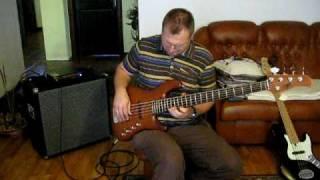 MLP Jazz Bass bassguitar with Markbass F1 amp