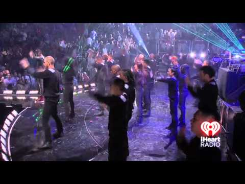 Usher Performs Numb @ 2012 iHeartRadio Music Festival