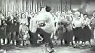 Festa animada mesmo era nos anos 50