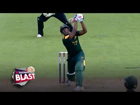 Andre Russell's three HUGE sixes and Joe Clarke blinding catch