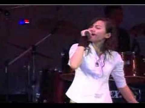 Cream - Lao Music Concert