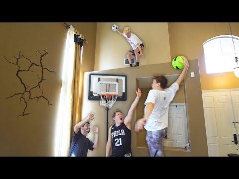 HOUSE 2 V 2 MINI NBA BASKETBALL KING OF THE COURT!!
