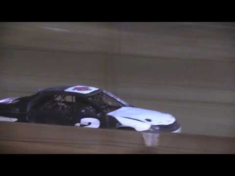 Legendary Hilltop Speedway 4 Cylinder Feature 4-8-17