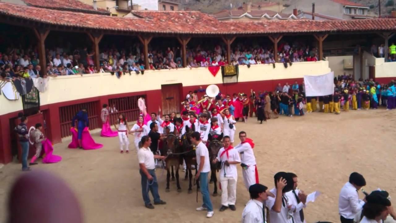 6 10 12 fiestasdelrosario en huerta de rey burgos youtube for Piscina huerta del rey