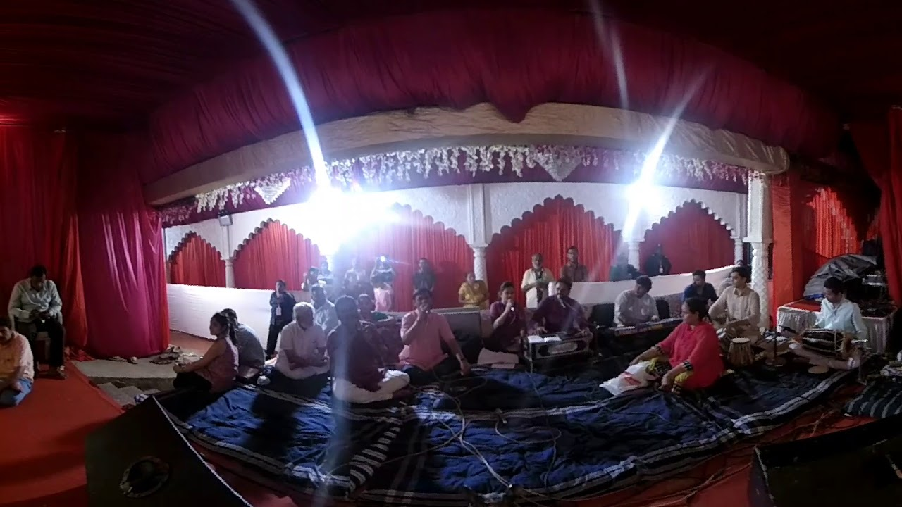 360 degree Video of Live Sangeet at world famous Ashirwad Ganesh of Vadodara.