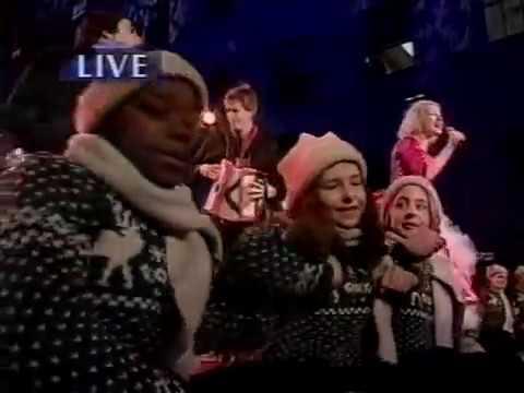 CYNDI LAUPER EARLY CHRISTMAS MORNING  147