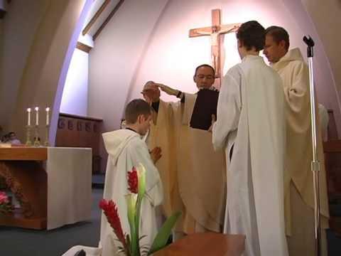 L'imposition des mains (Ordination diaconale d'Ale...