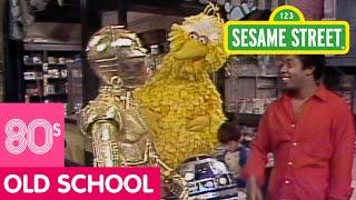 Sesame Street: C-3PO And R2D2 Visit Sesame Street