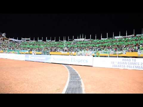 Aksi KoreoGrafi Singa Mania Sriwijaya saat menjamu PSM