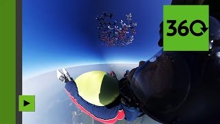 Chute libre : le record mondial russe filmé en images panoramiques