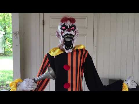 Sharon Green - See The Worlds Creepiest Clown!  If You Dare...