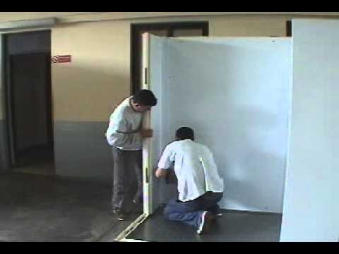 DESMON Cold room assembling - Montaggio celle refrigerate - YouTube