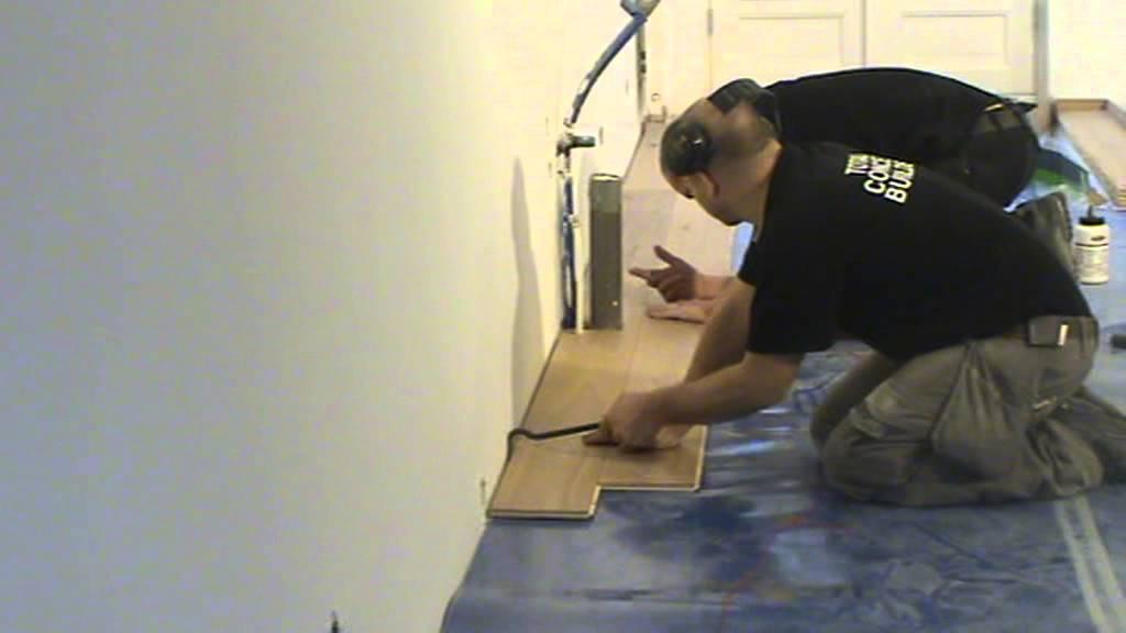 Eikenhouten Vloer Leggen : Een eiken vloer leggen doe je zo super handige tips hoe je een