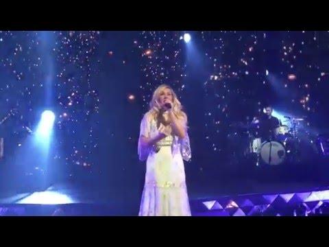 Ellie Goulding - Army - 2016-05-05 - Saint Paul, Minnesota