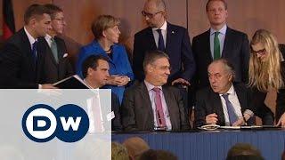 Германия откроет торговую палату в Киеве(Какой совет дала Яценюку Меркель, чтобы привлечь на Украину больше бизнесменов из Германии? Репортаж DW...., 2015-10-23T17:11:17.000Z)