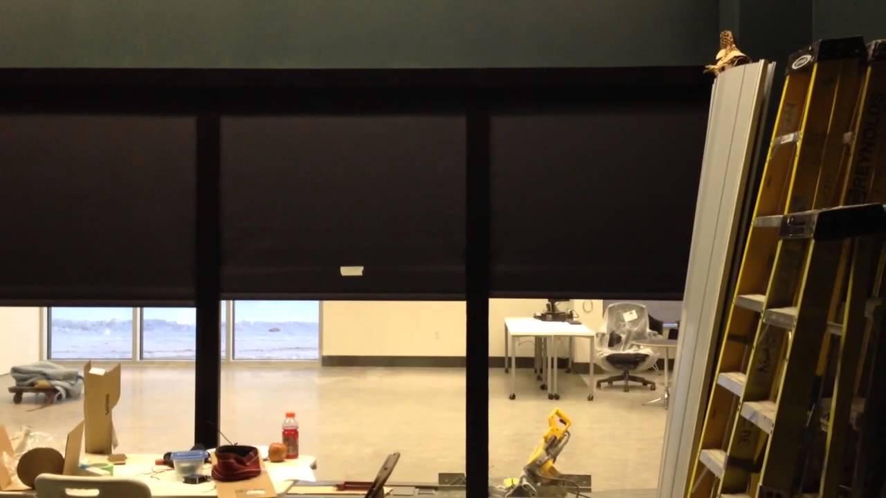 Hunter douglas motorized blackout side chanel youtube for Hunter douglas motorized shades repair