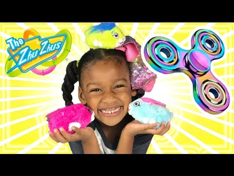 KIDS FIDGET SPINNERS  Toys! Children & Mommy get ZhuZhu Pets.