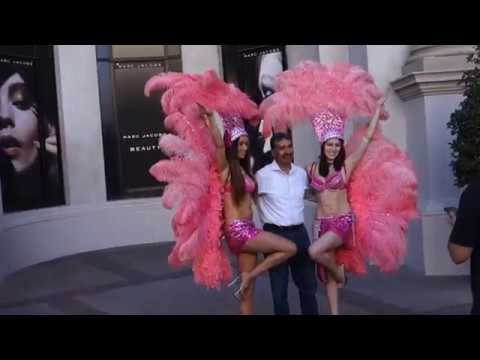 Las Vegas showgirls at The Forum Shops  Caesars Palace Las Vegas