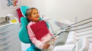 ИДУ К СТОМАТОЛОГУ ! Почему ЯНА РАССТРОЕНА У СТОМАТОЛОГА Лечим зубы Скетчи от Yana