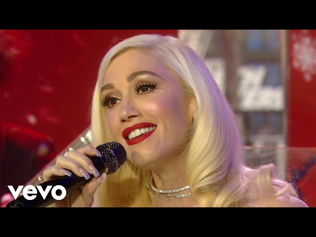 Gwen Stefani - When I Was A Little Girl (Live On The Today Show/2017)
