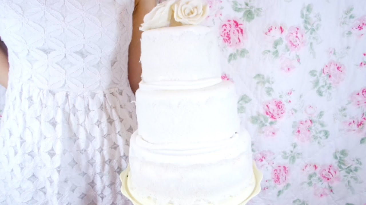 HOW TO CUT, FILL, AND ICE A WEDDING CAKE - YouTube