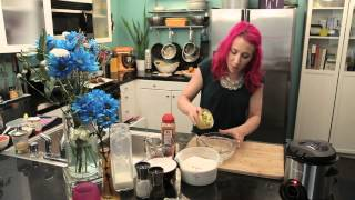 How To Use Pancake Mix To Make Deep-fried Fritters : Fry It Up!