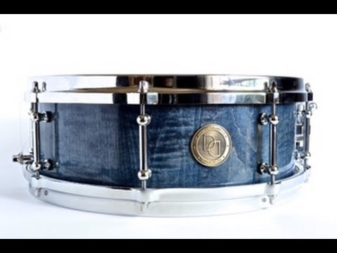davies drums co 14x5 curly maple stave snare sound sample youtube. Black Bedroom Furniture Sets. Home Design Ideas
