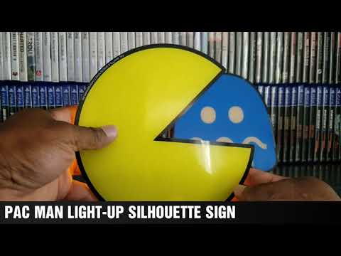PACMAM LIGHT-UP SILHOUETTE SIGN SET UP