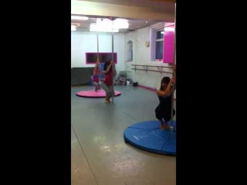 Sexy routine pole 2