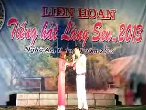 Nghi Loc dat giai nhat tai Lien hoan Tieng hat Lang Sen 2013