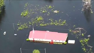 Flood waters continue to rise in Carolinas