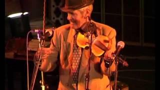 taraf de haidouks   stari rumun sa violinom