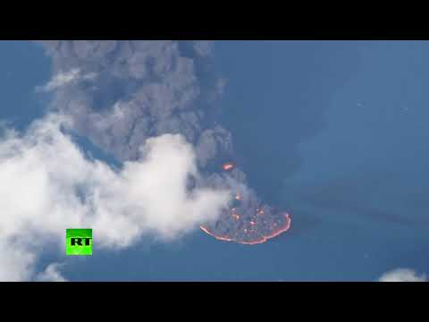Fierce fire  black smoke at sea after oil tanker explodes  sinks off Chinese coast 1