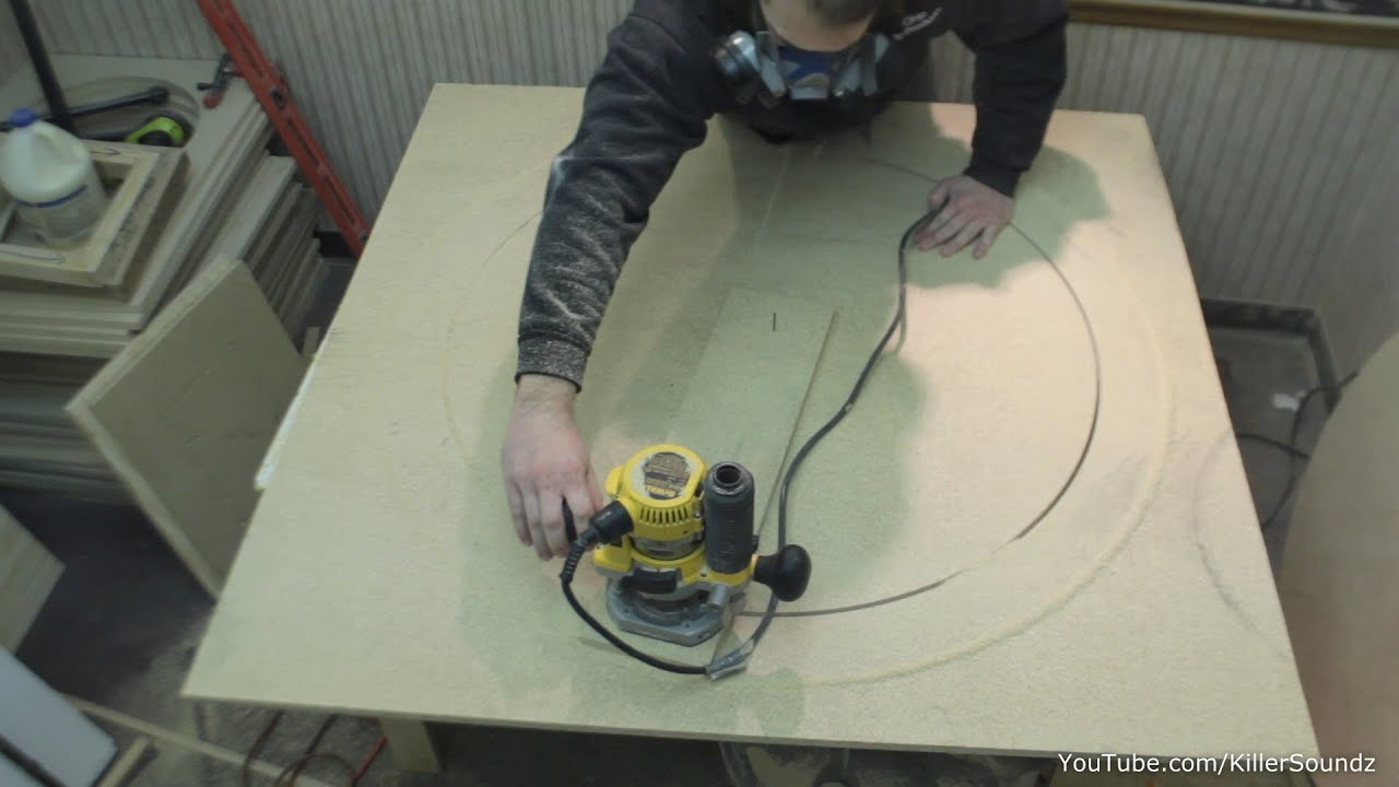 how to make a large circle jig quick easy router tips youtube