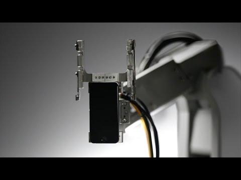 Apple Roboter Liam recycelt alte iPhones