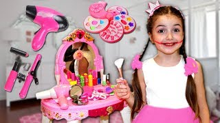 Masha and Vania Pretend Play with Makeup Play Table Toy