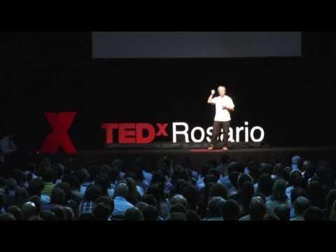 La ciencia escondida en los Simpsons: Claudio Sanchez at TEDxRosario