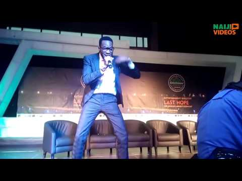 D'banj performing 'Emergency' live1