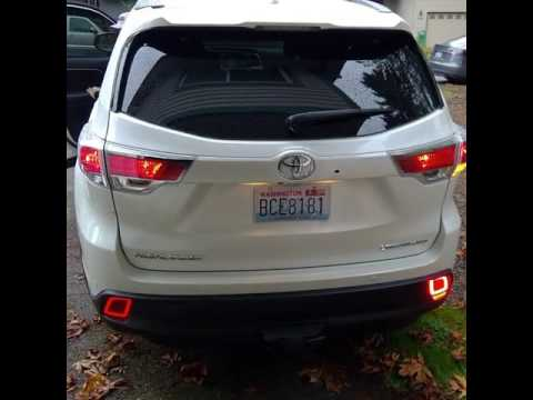 2016 Toyota Highlander Rear Auxiliary tail lights - YouTube