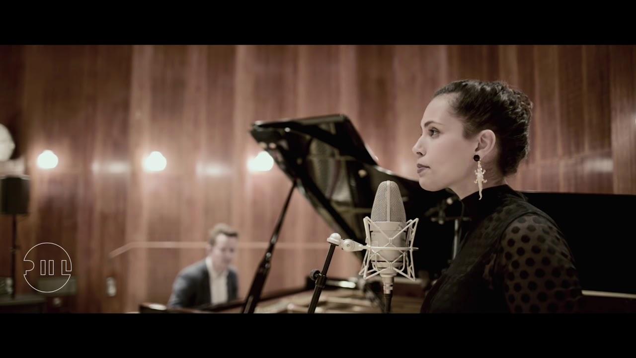Piil - I Heard The Bells On Christmas Day - YouTube