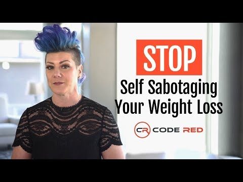 12 Habits RDs Blame For Sabotaging Weight Reduction