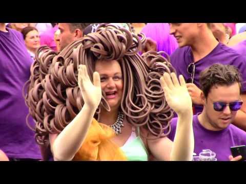 Amsterdam Gay Pride 2017, Canal Parade 6/13 - Hotel W Amsterdam, Bar de Regenboog, BNN-VARA